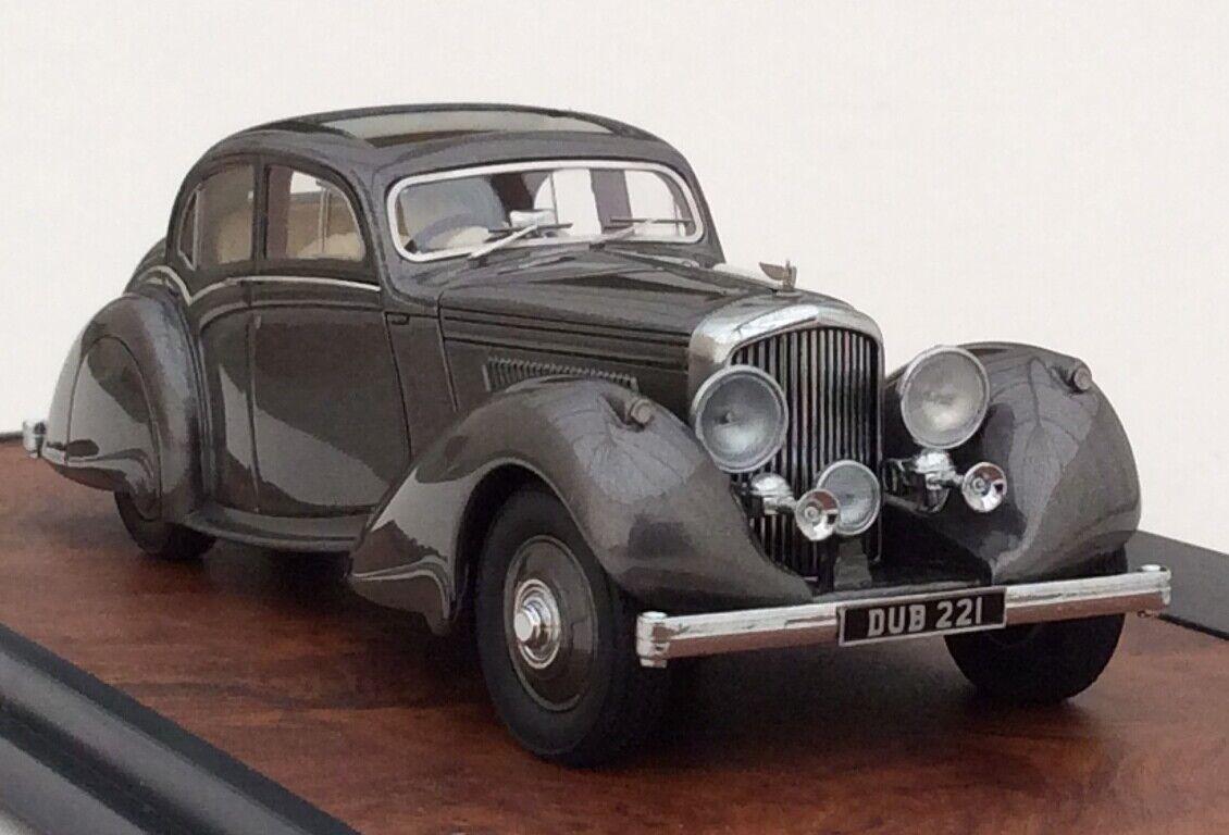 Matrix 1937 Bentley 4.25 L Pillarless Saloon Carlton