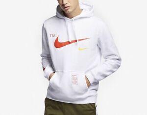 Nike Club Fleece Overbranded