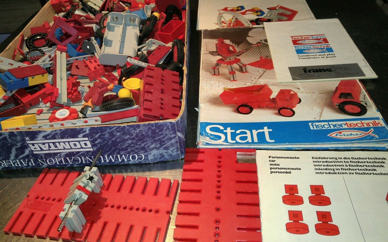 Fischertechnik Construction lot of pieces. and manual manual manual d3d047
