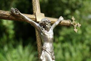 antikes-Standkreuz-Kruzifix-35-cm-Metall-Messing-Jesus-Christus-Sammlerstueck