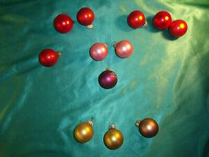 Christbaumkugeln Glas Rot Gold.Details Zu 12 Kleine Alte Christbaumkugeln Glas 4 Cm Rot Rosa Gold Lila Weihnachtskugeln