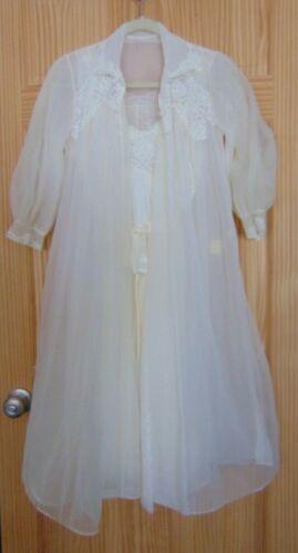 Vintage Henson Kickernick White Bridal Robe/Nighti