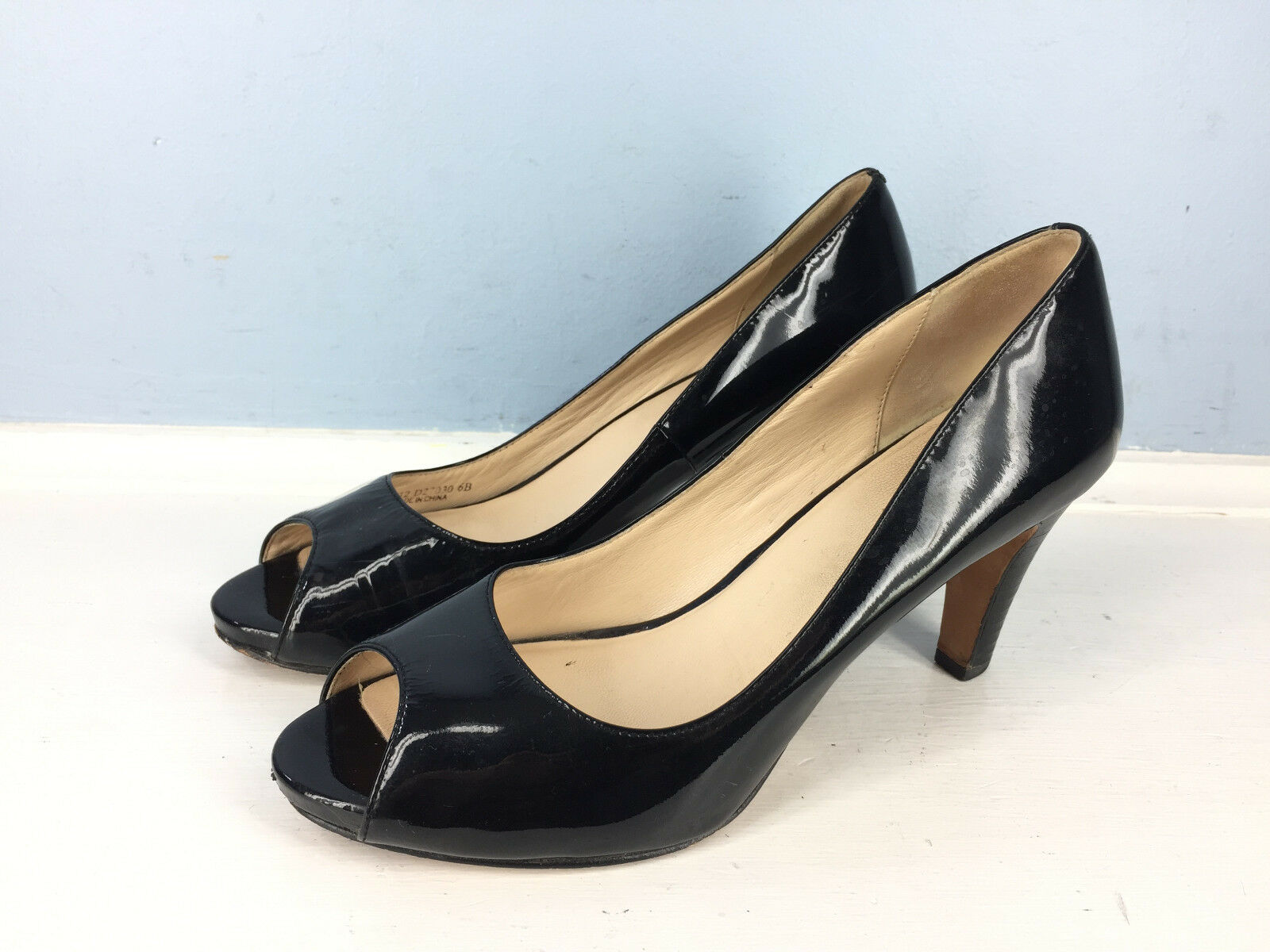 Cole Haan Black Patent Leather Peep Toe Heels Pumps Career Cocktail 6 Excellent