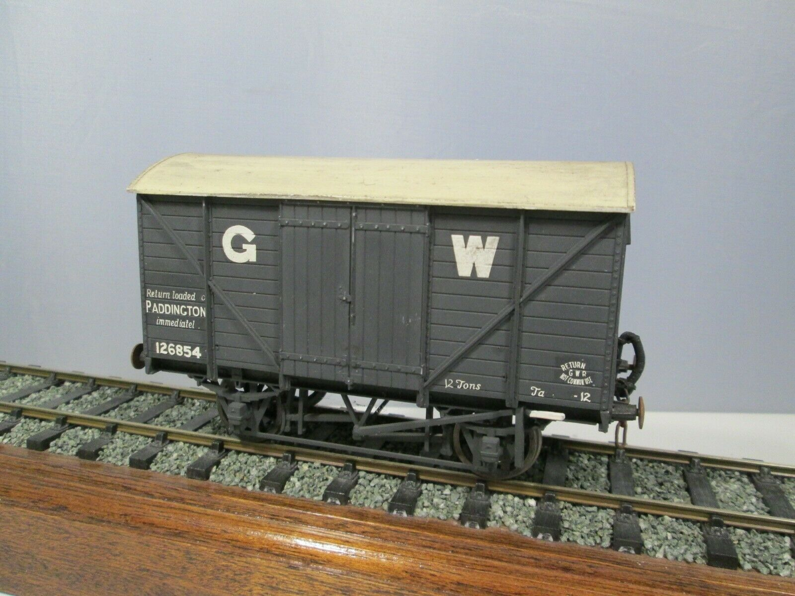7mm O Gauge Kit Built GWR 12T Van 126854