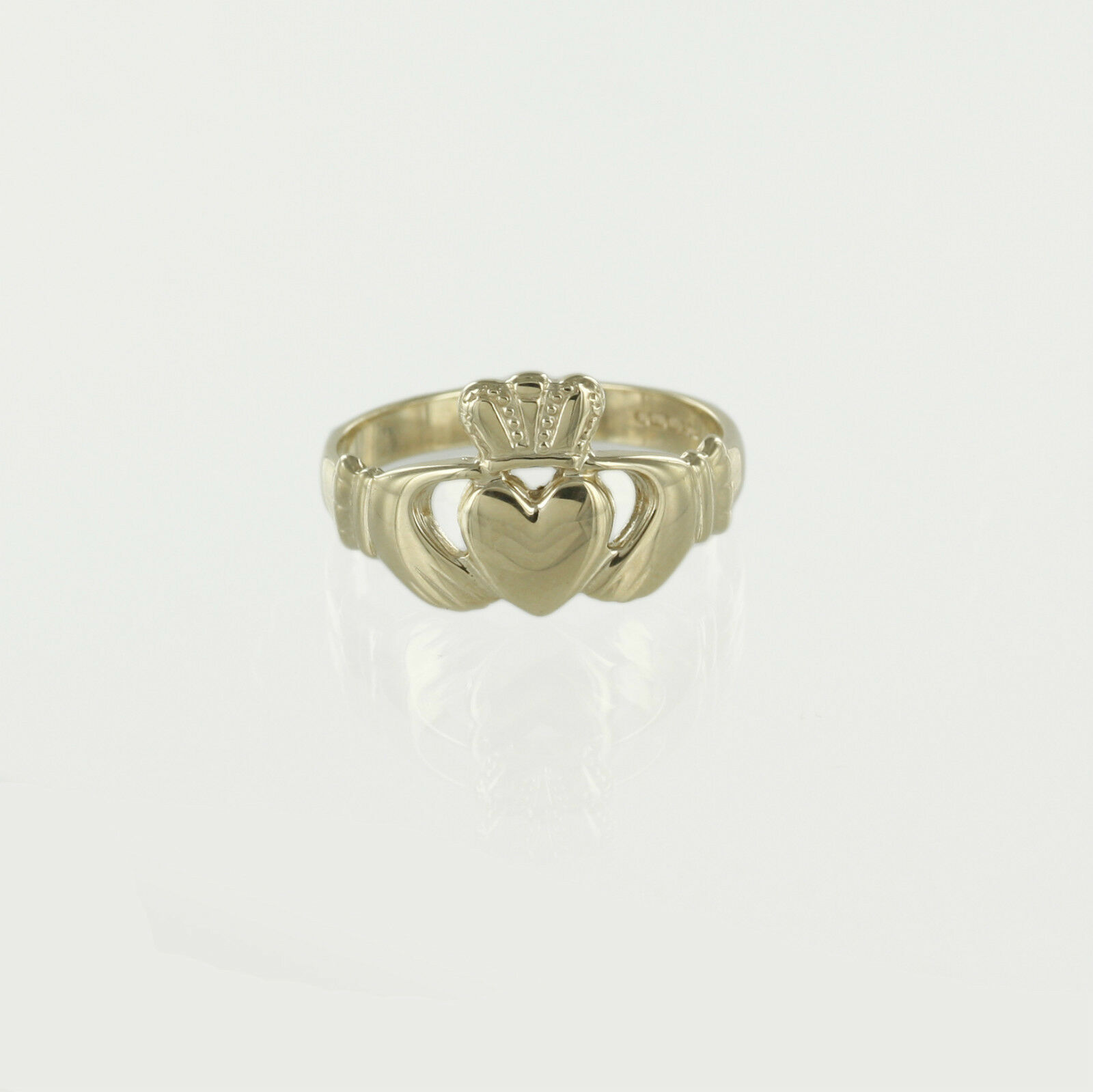 Hallmarked 9ct Yellow gold Mens Irish Claddagh Ring