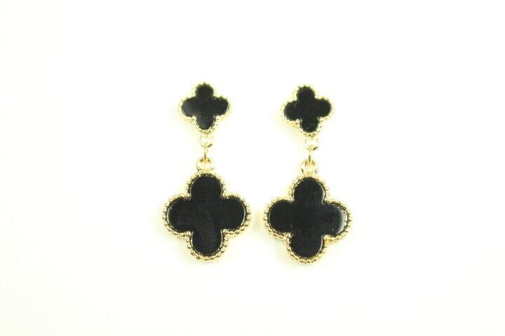 Mini double hanging onyx earrings.