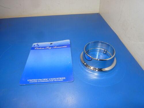 United 88012,Steering wheel bottom cover round chrome plastic for Peterbilt 359
