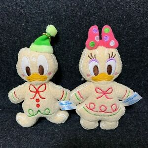 Tokyo Disney Resort Donald /& Daisy Christmas badge chain Plush Gingerbread 2012