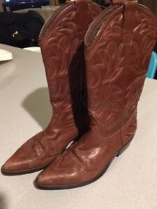 e014a0fed9d Details about Women's Brown Leather Cowboy Boots By Georges Marciano Size  7.5