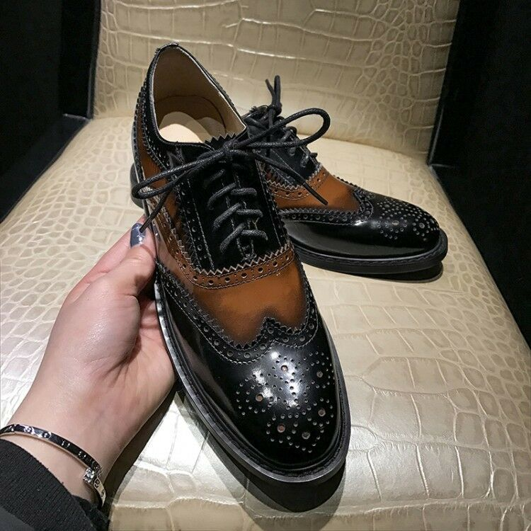 femmes Retro British Lace Up Collegiate Leather Oxford chaussures Brogue Carved bottes