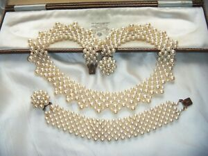 EARLY-VINTAGE-1940s-FAUX-PEARL-CROCHET-COLLAR-NECKLACE-BRACELET-SET-FAB-CLASPS