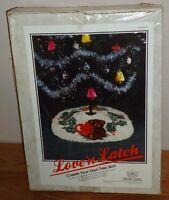 Vintage 1986 Love'n Latch Christmas Tree Skirt Teddy Bear Latch Hook Kit