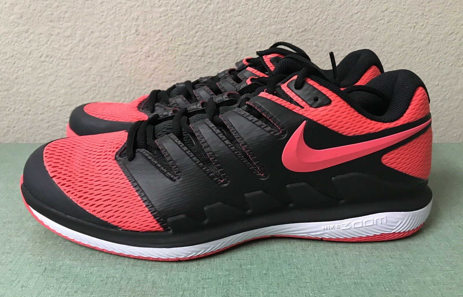 Nike Air Zoom Vapor X HC Black Solar Red Tennis shoes Mens Sz 12.5 Federer Nadal