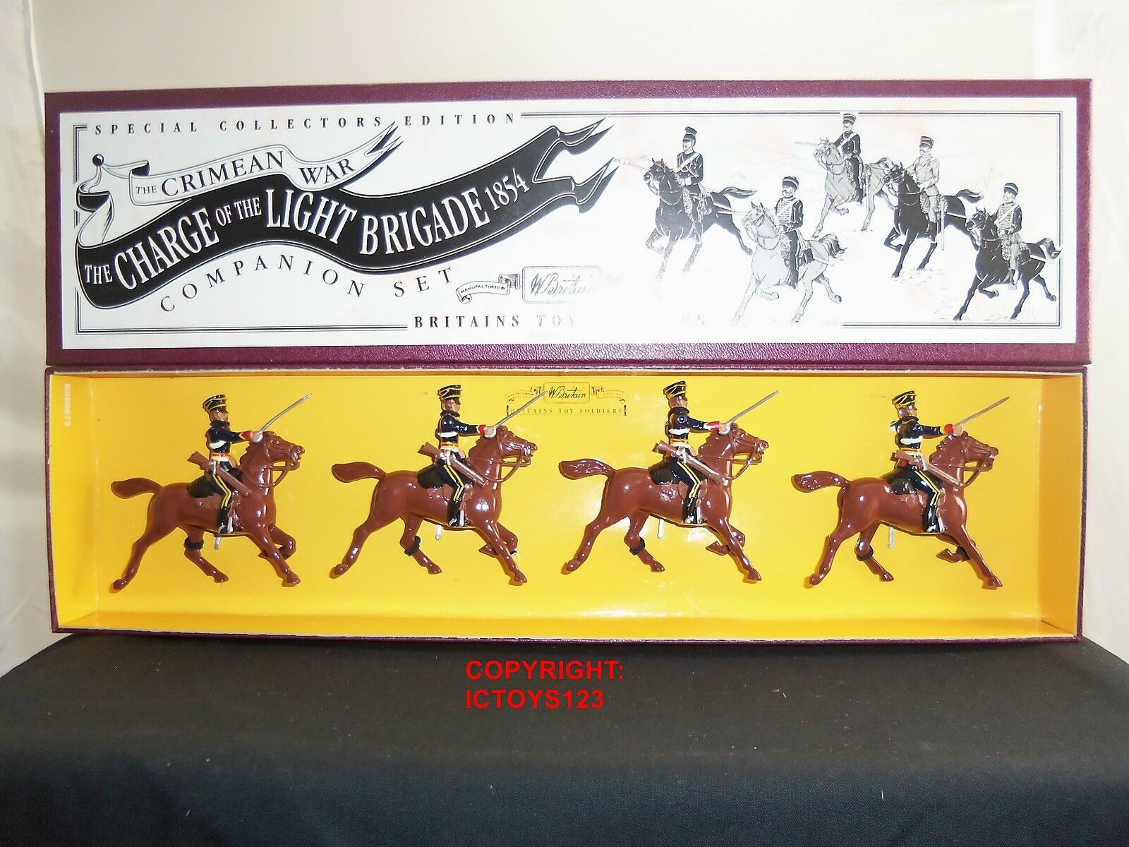 BRITAINS 3111 CHARGE OF THE LIGHT BRIGADE 4TH LIGHT DRAGOONS TOY SOLDIER SET
