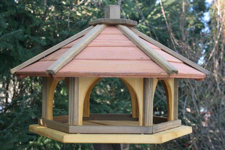 VOGELHAUS aus HOLZ Vogelhäuschen Vogelhäuser mit Ständer  Vogelfutterhaus XXXL XXXL XXXL | eine breite Palette von Produkten  | Neuer Stil  | Neues Design  acd49c