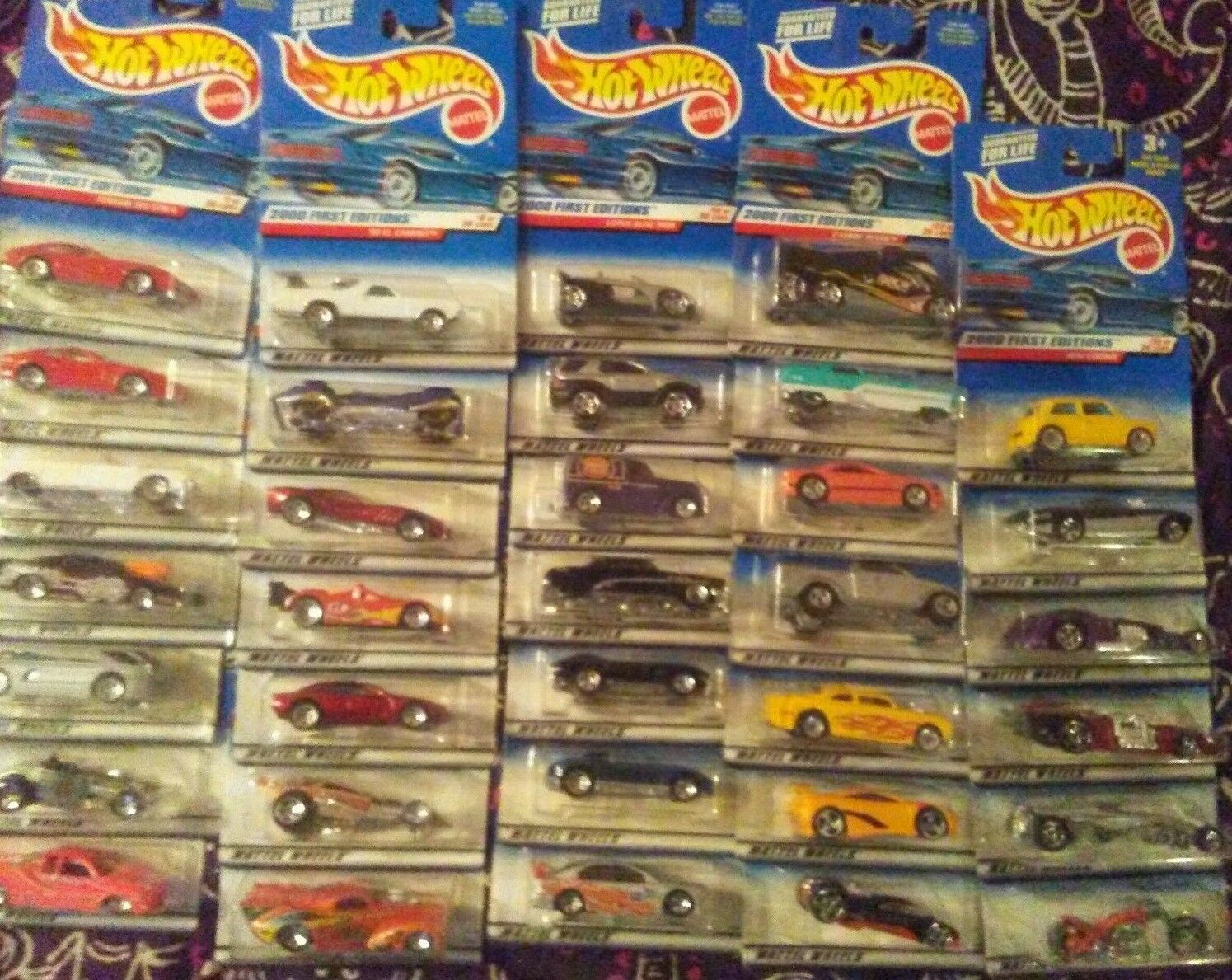 LOT LOT LOT OF 34 Hot Wheels 2000 FIRST EDITIONS  Series Almost Complete No duplicates f0cd8a
