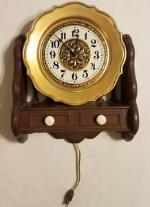 Kitchen Clock By Spartus Gold Plate