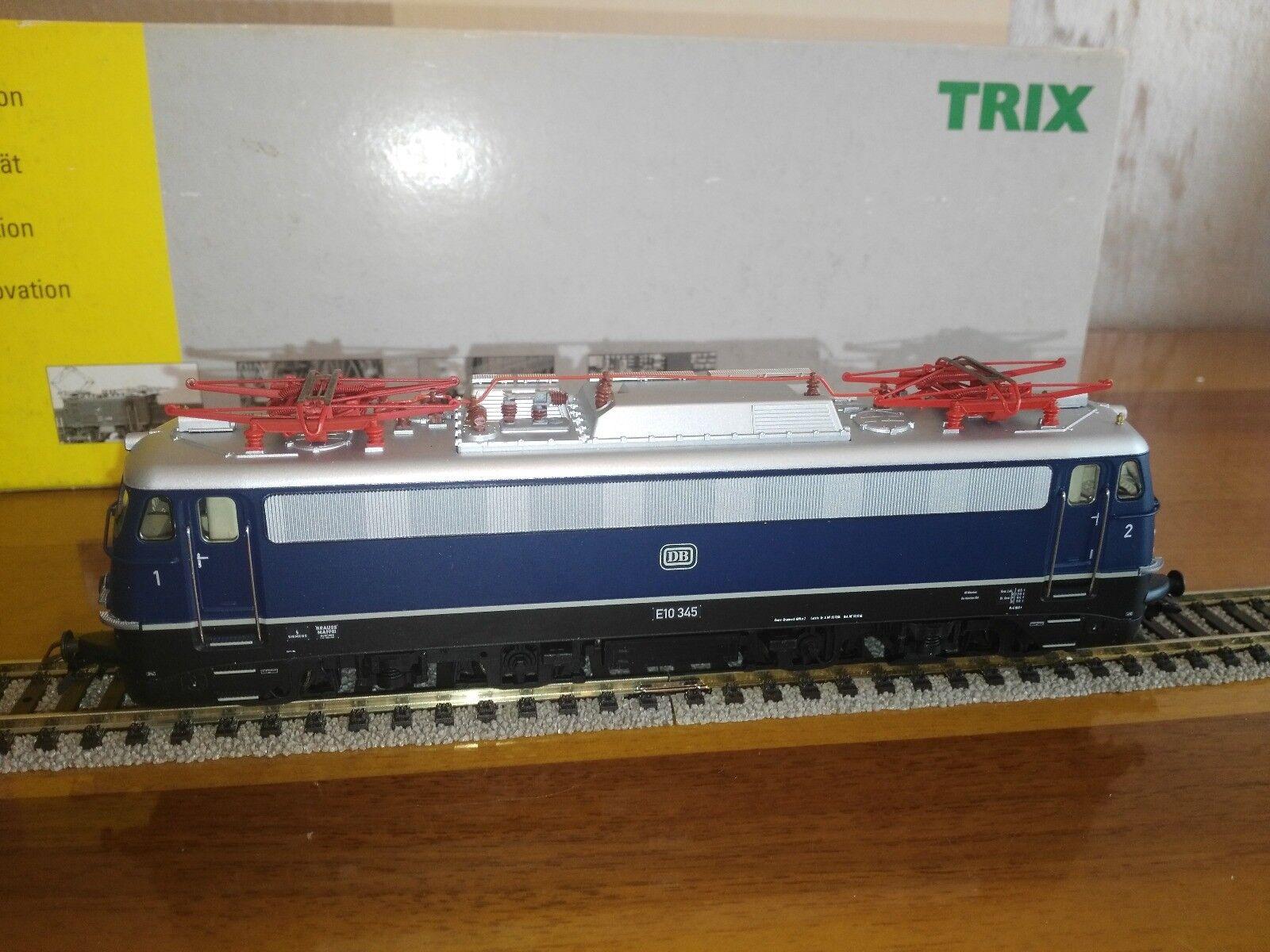 TRIX 22030 - Locomotiva elettrica E 10 - 345 della DB - Digitale Ep.III
