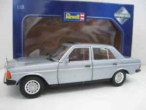 Mercedes-Benz-230-E-Typ-W-123-in-silber-Revell-Massstab-1-18-OVP
