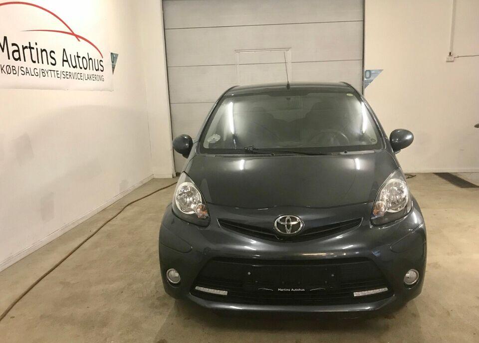 Toyota Aygo 1,0 VVT-i T1 Benzin modelår 2012 km 107000