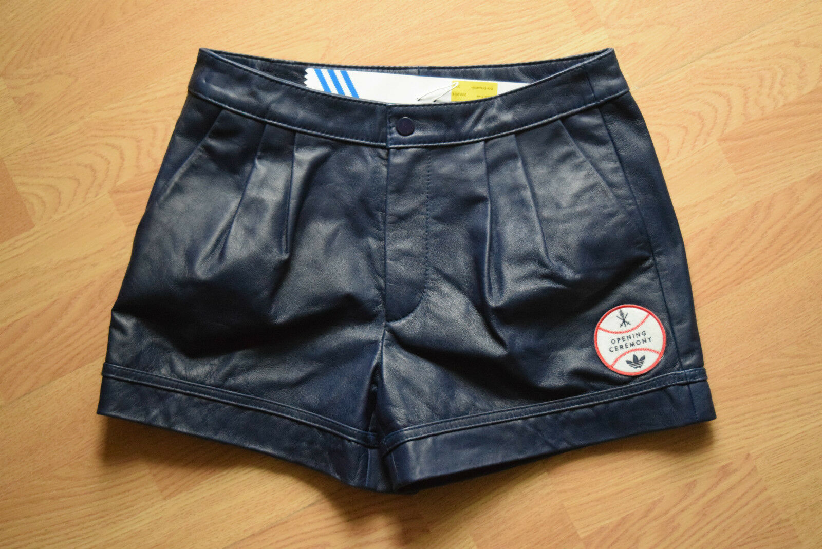 Adidas Baseball Leather Short Hot Pants S S S x Opening Ceremony jeRemY sCoTT F83485 | Die Farbe ist sehr auffällig  | Überlegen  | Outlet Online Store  c76c26