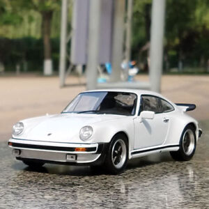 Porsche 911 Turbo 1974 Model Cars 1 24 Toys Collection Gifts White