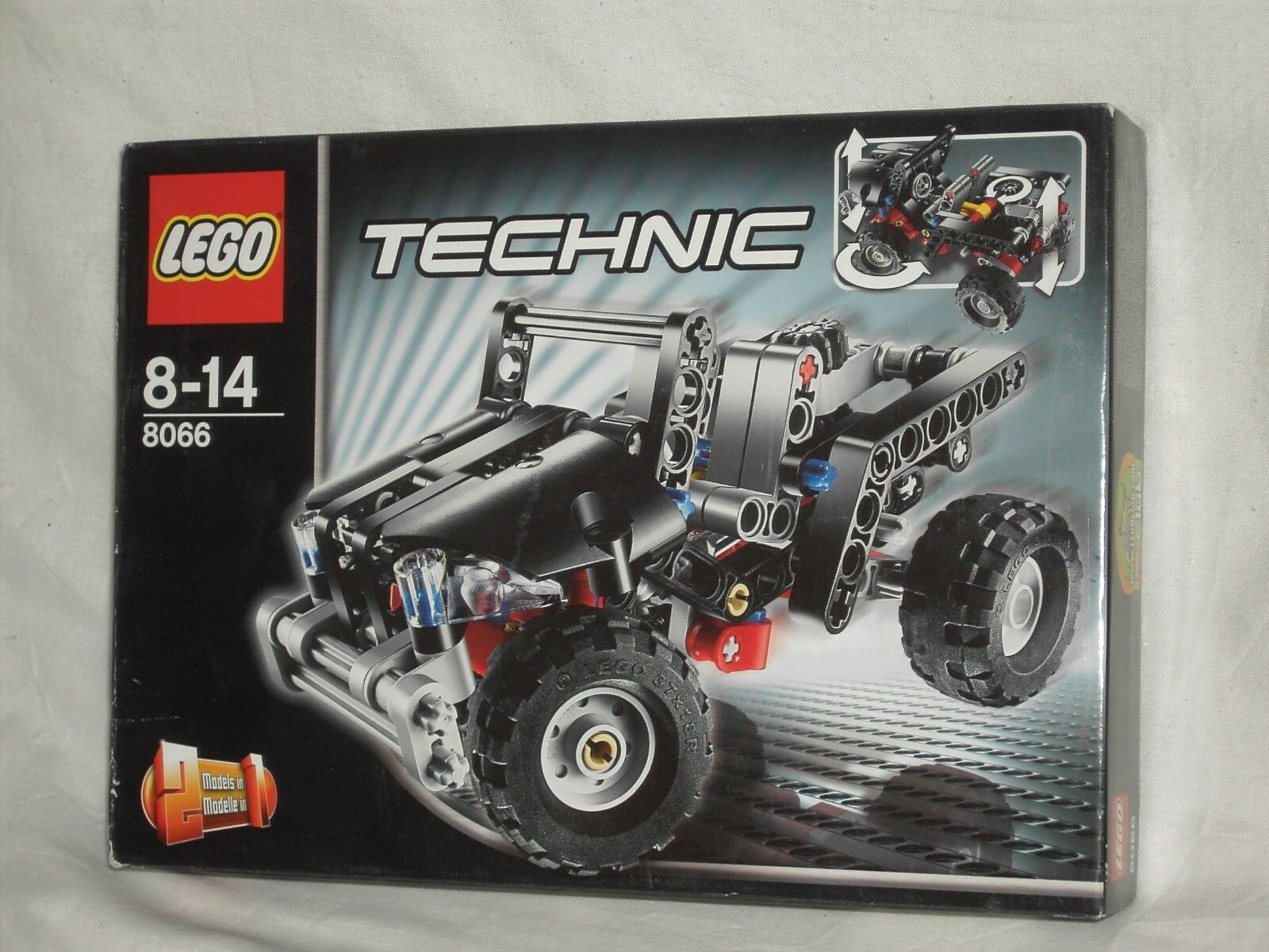 LEGO TECHNIC CAR                  NEW AND SEALED