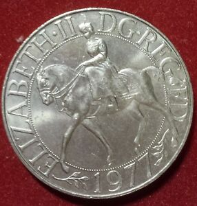 Utile Lot De 3 Médailles Royaume-uni Jubilé Elizabeth Ii