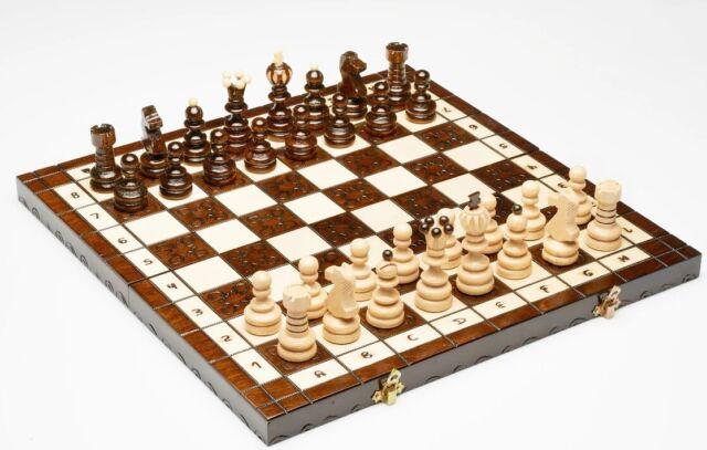 Schachspiel Holz Edel : schachspiel aus holz figuren schachbrett edel ~ Watch28wear.com Haus und Dekorationen