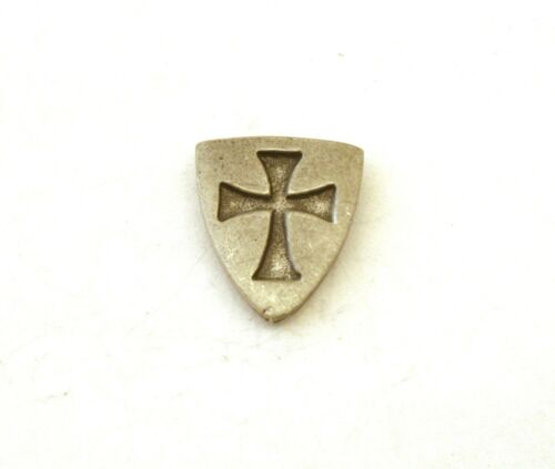 Hat or Lapel Pewter Brooch Gift Present Templar Shield Pin Badge Tie