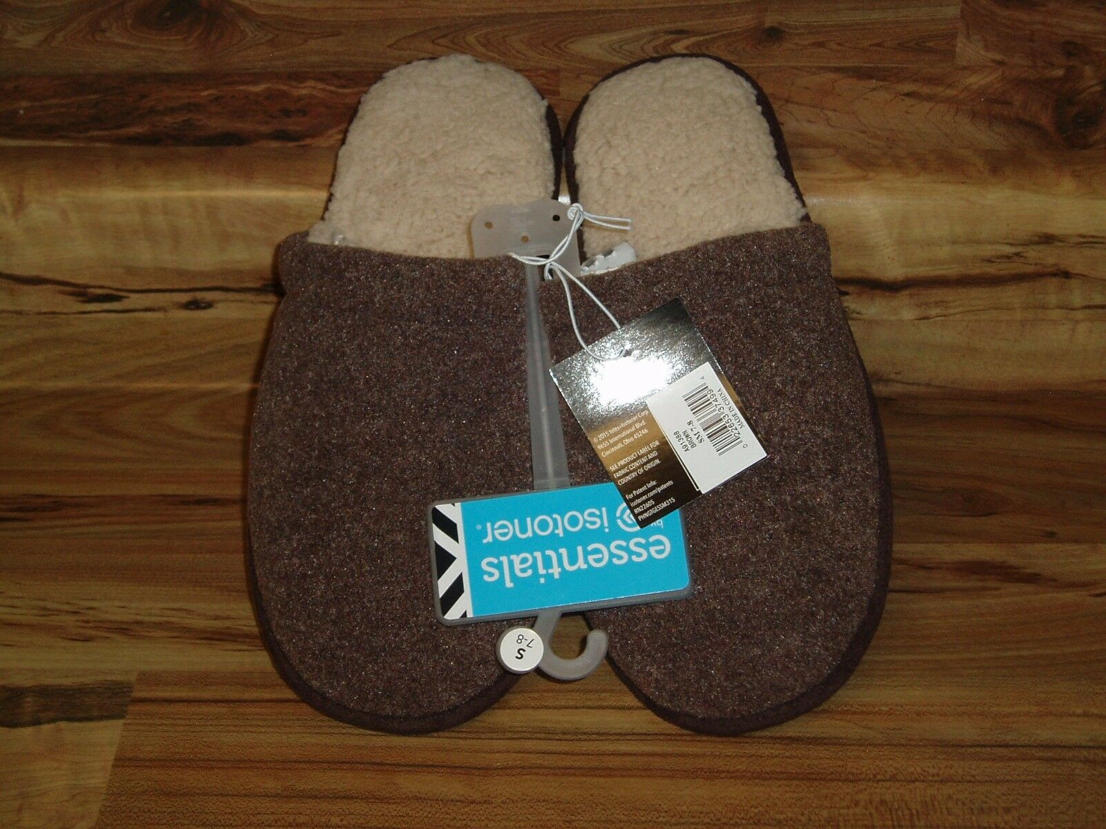 Essentials by Isotoner Slippers Men's - Brown - US Men's Slippers Small 7-8/Women 9-10 - NEW fdc2b6