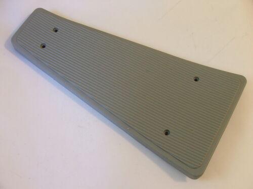 VESPA PX EFL PLASTIC CENTRE MAT PX200 PX125 PX150 GREY