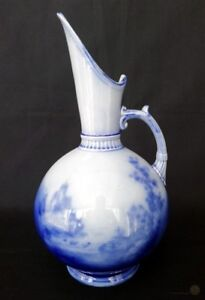Vintage-Flow-Blue-Pitcher-Sea-Sailing-And-Castle-Scene-24cm-FREE-Delivery-UK