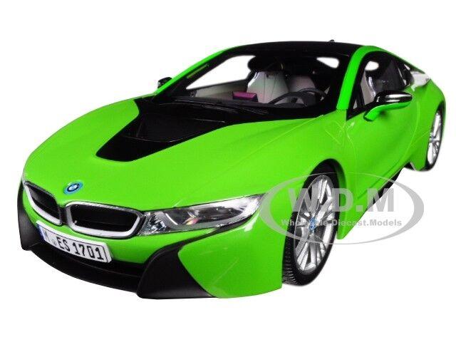 punto de venta BMW i8 i8 i8 Java verde Con Negro súperior 1 18 Diecast Modelo Coche por Paragon 97086  muchas concesiones