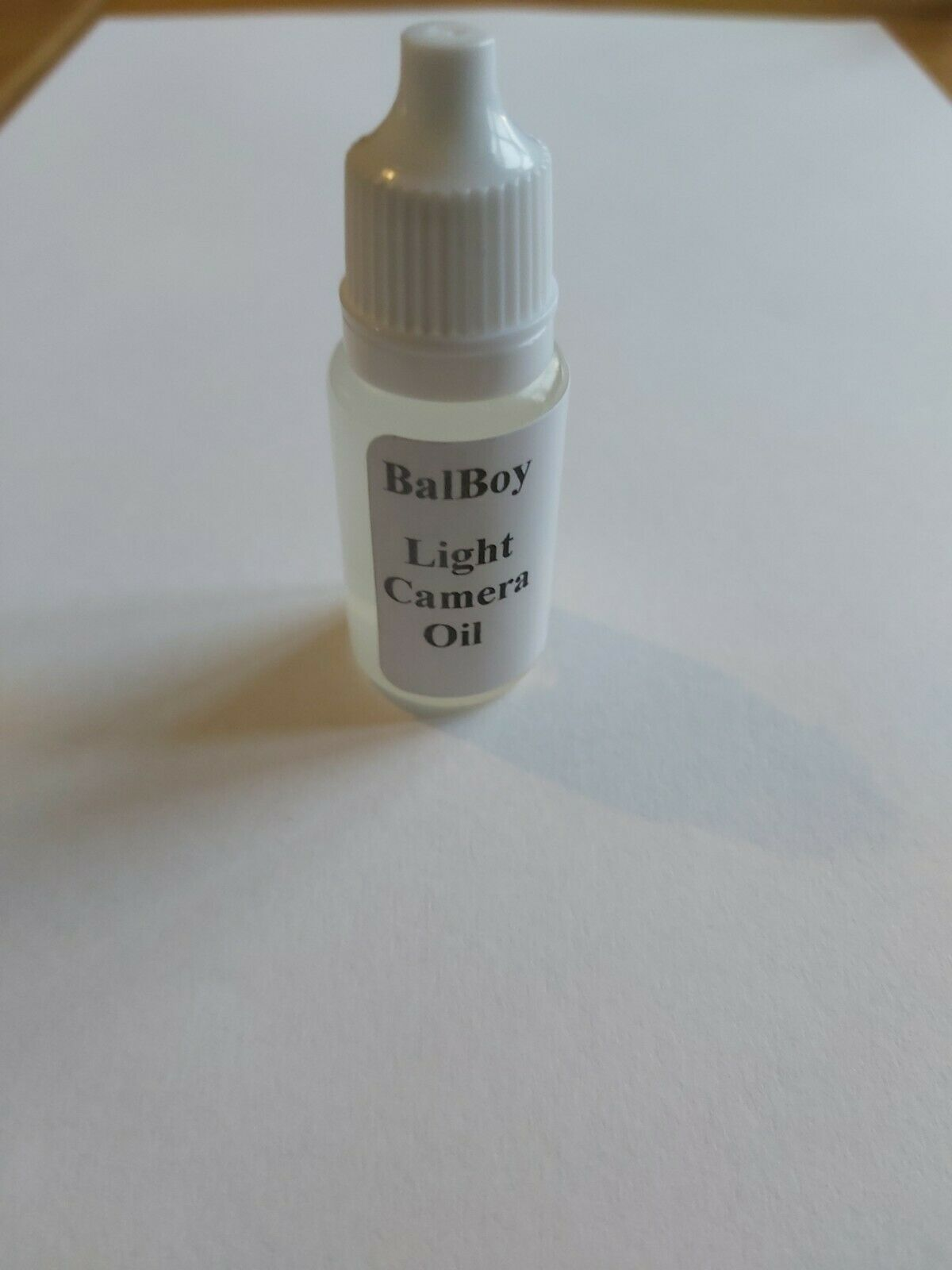 Light Camera Oil: 8ml UK blended & stock, free P&P. Quality mechanical lubricant