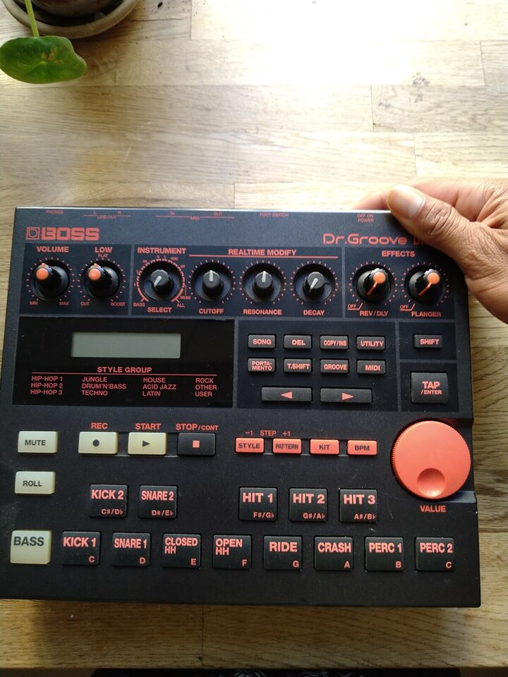 Groovebox, BOSS DR-202 Dr. Groove