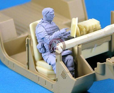 Legend 1/35 Modern US Army Vehicle Crew Soldier No.2 [Resin Figure Model] LF0127