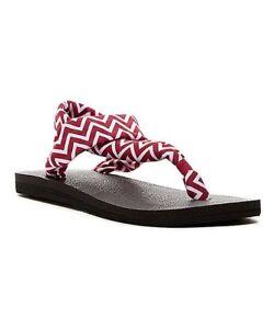 2fba0e869 Sanuk 8 Women s Yoga Mat Sling 2 Beach Sandal Flip-Flops Magenta ...