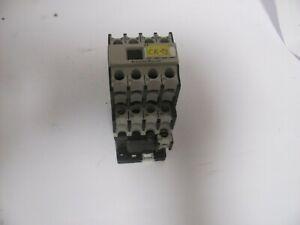 NIB Klockner Moeller Contactor Relay    DIL R 22