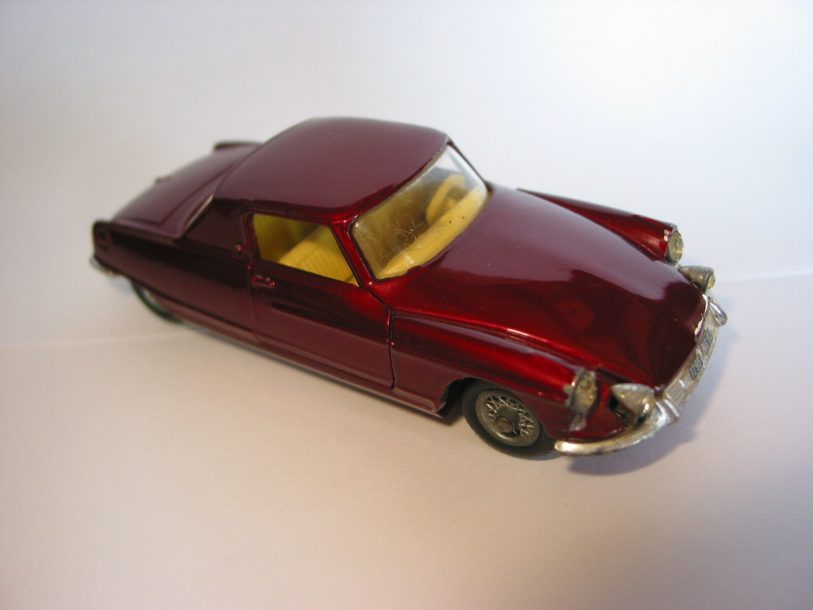 CORGI TOYS CITROEN DS CHASSIS HENRI CHAPRON BODY LE DANDY COUPE SCALE 1 43