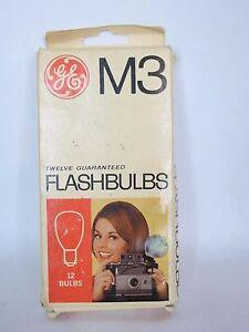 Vintage General Electric GE M3 Flashbulbs 10 Bulbs In Original Box