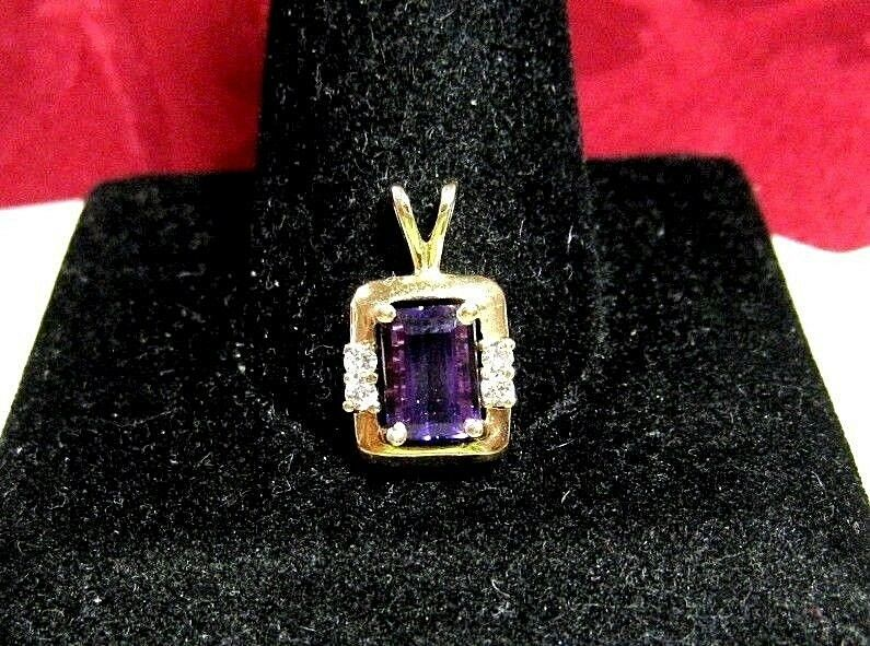 14K YELLOW gold EMERALD CUT AMETHYST WITH DIAMOND ACCENTS PENDANT 1.6 GRAMS