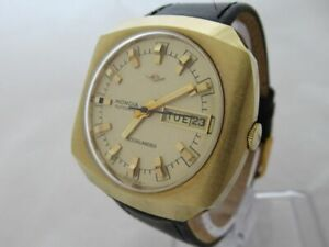NOS-NEW-SWISS-VINTAGE-AUTOMATIC-GOLD-PLATED-MONDIA-MENS-ANALOG-WATCH-WITH-DATE