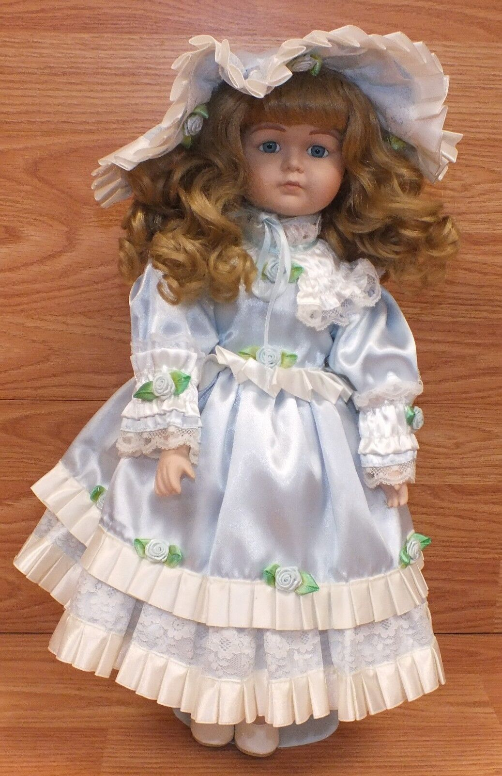 Vintage Hello Dolly 1989 Albert E Price Girl in Blau Dress Porcelain Doll READ