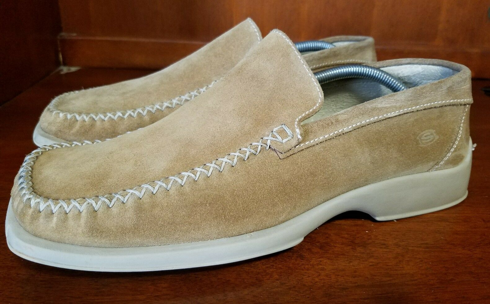 Skechers Collection Men Suede Casual Loafers Size 9.5 M ITALY MADE