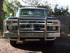 1977-ford-F-250