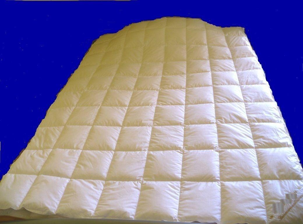Bettdecke 4-Jahres-Zeiten doppelte (Zwei) Decken. 220x270 cm Daunen 620 + 1150 g