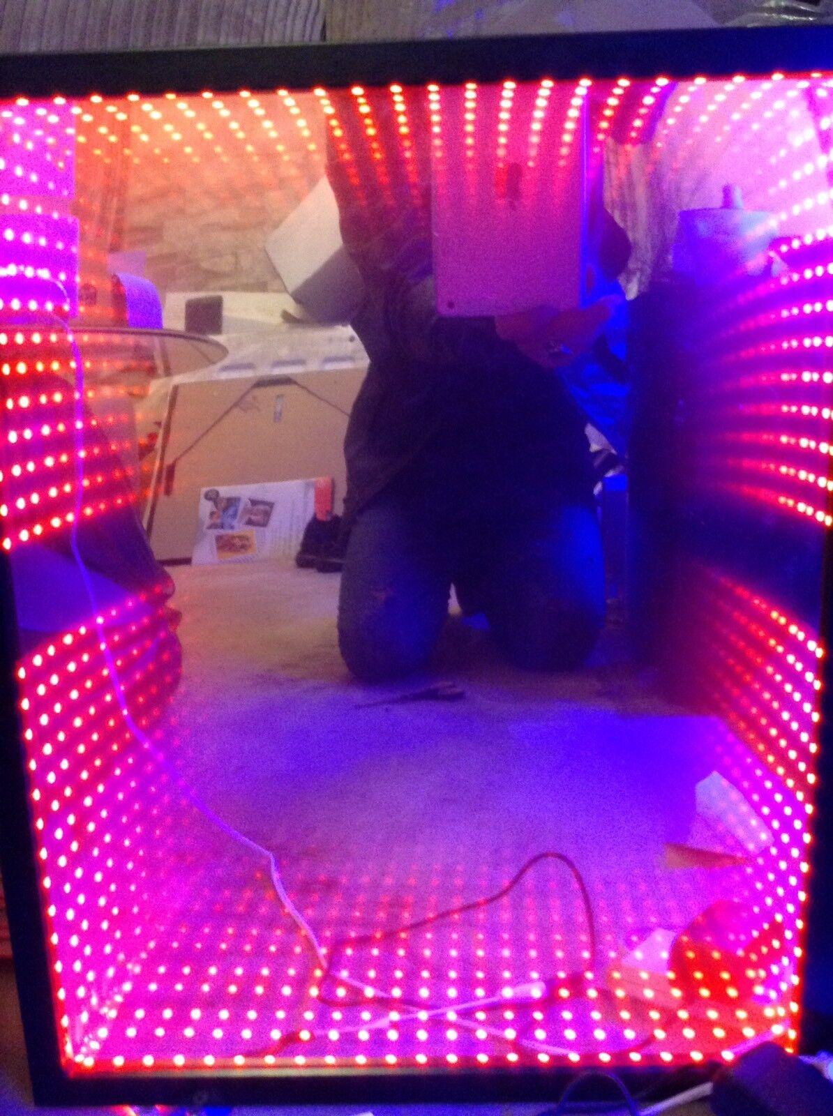 Gift 2u Hypnotic Infinity mirror 43x53cm Sensory Toy