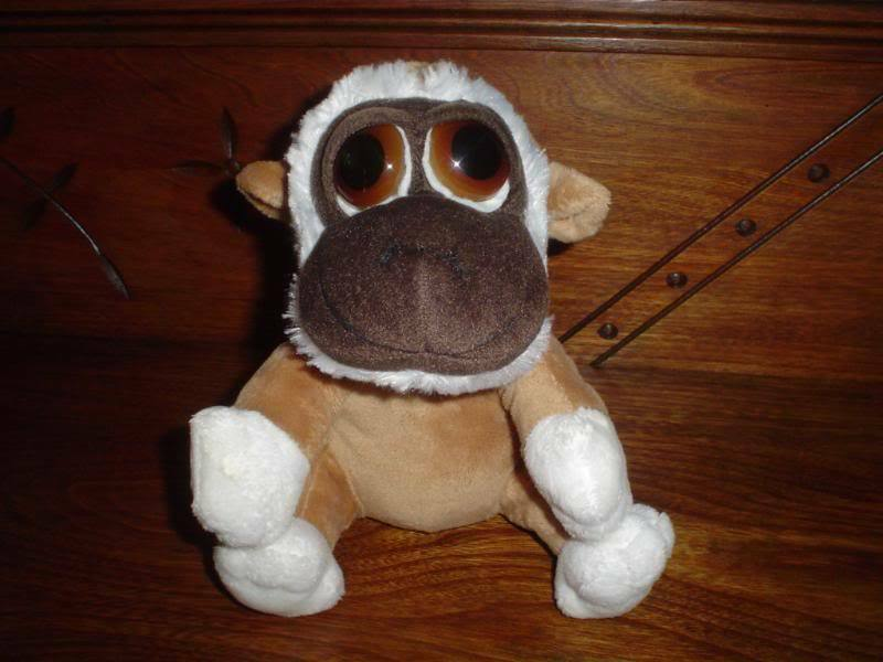 Russ Berrie KIMBO Pop Eyed Plush Monkey Peepers