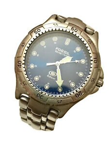 """MEN'S FOSSIL """"BLUE"""" WATCH # AM-3206 Water Resistant: 100 Mtrs/330 Ft"""